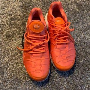 Orange Nike air max's